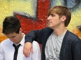 how most of the world like Kendall and that they think James is gay (<not me of course)