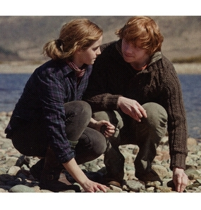 Just one *eye twitch* Ron and Hermione