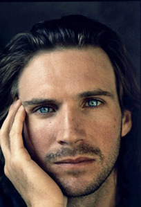 I think it's Ralph Fiennes. His eyes are like no one elses, they're special. I also think that George Clooney, Antonio Banderas and Brad Pitt have beautiful eyes.