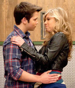 My Избранное tv couple is seddie aka Sam & Freddie .. from the Показать iCarly . i Любовь there Любовь hate relationship . i Любовь the ship color is purple , i Любовь that they use to say i hate Ты then сказал(-а) 4 years сказал(-а) i Любовь u .. i Любовь that there so different right now there not together but i have hope they will make it to seddie island