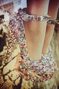 [i]Ew No![/i] I would wear these!!♥♥♥ [b]They are Mine!♥ >_>[/b]