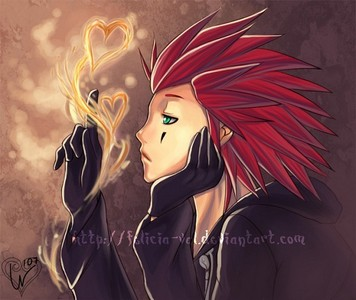 *grins* AXEL!!!!!!!!