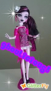 A vampire. Just like Lala! <3 ya ghoul!