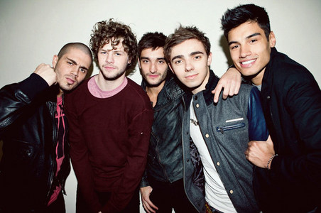 The Wanted is my paborito band. XD