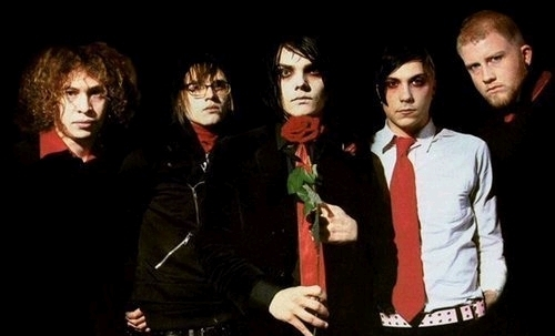 Easy. My Chemical Romance. Their my paborito band. My idol. And life savers. No joke.