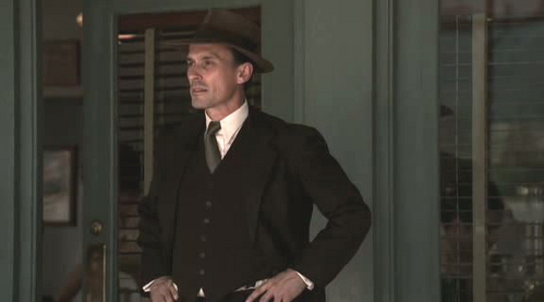What´s up here? Are there no cute cowboys except of Knepper??