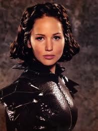 Katniss's api, kebakaran Suit!