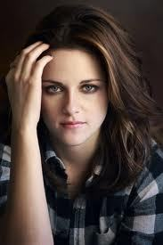 Can toi post a picture with Kristen hair this era??
