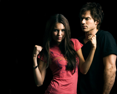 Post a picture of IAN with NINA DOBREV.