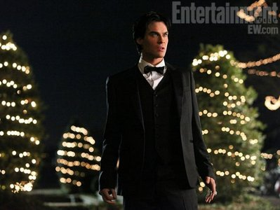 In the picture below (3X14), Damon looks pretty darn mad. What do you think is causing his anger?