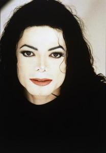 is Michael wearing a wig in Scream?