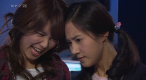 (Contest) Put a funny picture of SooRi.