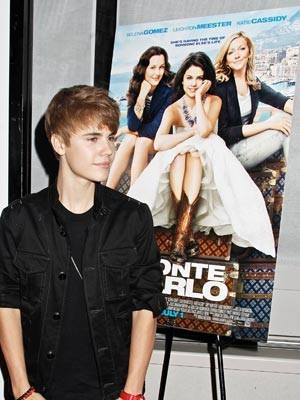 post a pic of justin bieber in premiers