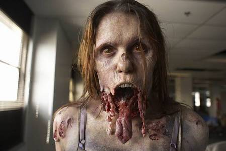 Zombies または Vampires??? (and why)