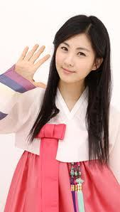 ADD UR FAV MEMBER PIC WEARING TRADITIONAL KOREAN CLOTHES? BEST 5PROP