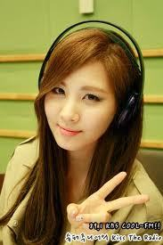 add apic of ur fav member without make-up?best 5prop