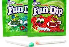 In last nights new episode... When Mabel was eating the Smile Dip, Did anyone notice it was a spoof of Fun Dip?!?!?!?