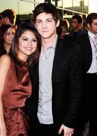 do a fake pic of selena gomez and logan lerman