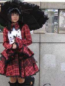 This is just a preview image of a lovely Gothic Lolita, but not the same outlook as the girl described in this short -short- story :)