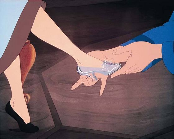 Cinderella's slipper fits: Lọ lem has suffered so much, but with the help of her mice Những người bạn and the magic of her fairy godmother Lọ lem finally has her dreams come true.