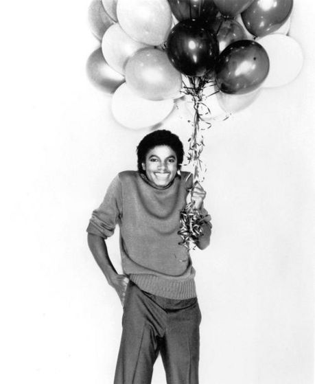 And Michael got baloons 4 u! :D
