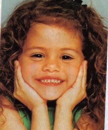 نتيجة بحث الصور عن The Selena Gomez as kid