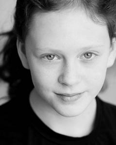 Rose Weasley/Helena Barlow