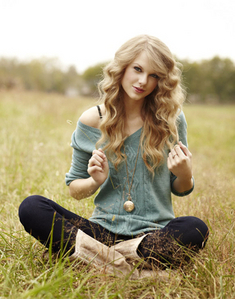 You rock Tay-Tay! Who loves you and also me, are your BIGGEST fãs forever! I wanna meet you someday! <33