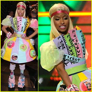 Nicki Minaj At Kid's Choice Awards 2012