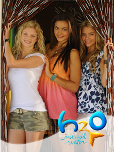 H2O: Just Add Water (Series 3) From The Left: Rikki Chadwick (Cariba Heine), Cleo Sertori (Phoebe Tonkin), & Bella Hartley (Indiana Evans)