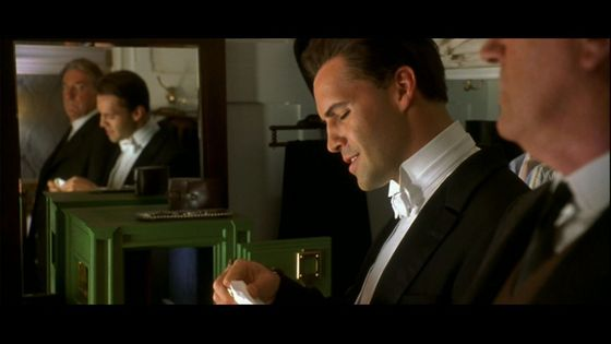 "Billy Zane once đã đưa ý kiến this of Cal: ""His tim, trái tim is breaking just as he's realizing he has one."""