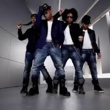 MB'S OUTFIT