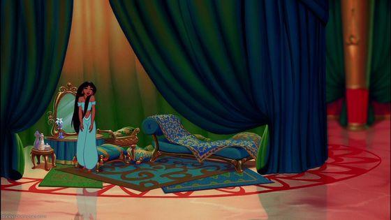 Jasmine's objectionable sofa-like katil