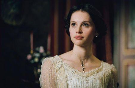 Annabel aged 19
