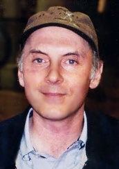 Dan Castellaneta as Genie