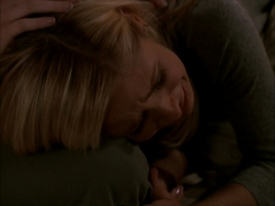 siku 7: A BA moment wewe upendo for Buffy. The scene where Buffy is with Willow in her room as she crie