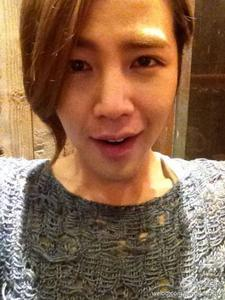 Our oppa is sooooooo active! Jang Geun Suk forever! ^^