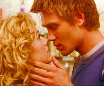 دن 3 – Your پسندیدہ couple Lucas and Peyton <3