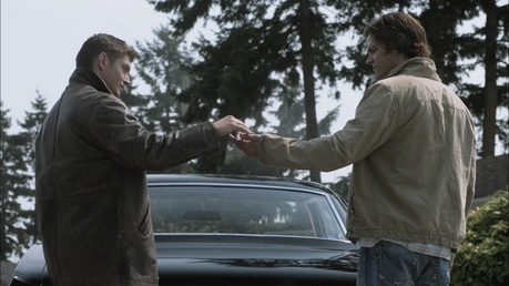 Day 14 - A scene that makes you happy.  Season 5, the end of Fallen Idols. When Dean lets Sam drive.