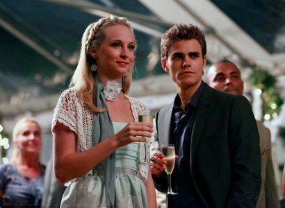 jour 8 – Your favori AU couple Stefan & Caroline