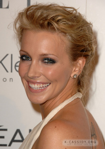 दिन 1: Your प्रिय Actress at the moment: [i] Katie Cassidy [/i]
