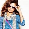 Yes...Selena♥♥♥