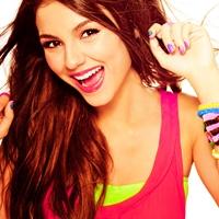 Icon Von Selena_Justin(Me)...