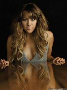 Colbie Caillat.