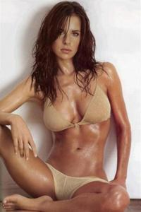 Kelly Monaco.