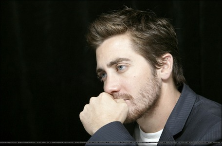 i loved and cinta his eyes in this foto ♥♥♥ next:jake gyllenhaal with james franco