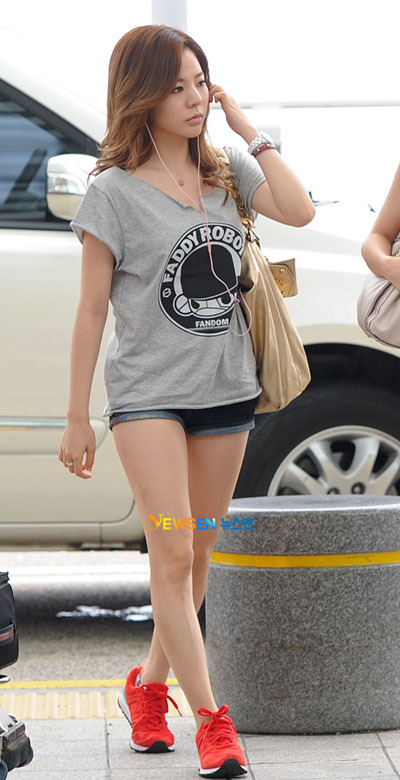 Sunny airport fashion collection ...♥♥ - Lee Soonkyu/Sunny ...
