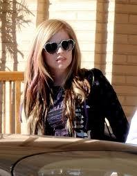 here next:avril lavigne in the bahamas