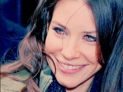 [b]Day 5 – Your পছন্দ actress[/b] Evangeline Lilly Kate was annoying but Evangeline is a great