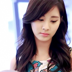 """702.""""I don't know why so many people think that Seohyun is average-looking. I think she's quite b"""